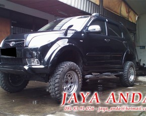 Toyota Rush Offroad